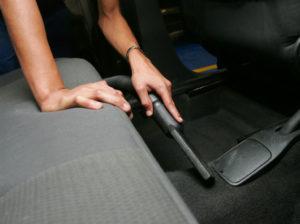 limpar o interior do carro em tgcentroautomotivo