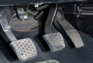 Cuidados com a embreagem tgcentroautomotivo1