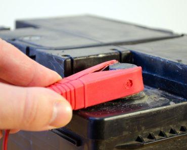 Instalar bateria do carro em TG Centro Automotivo