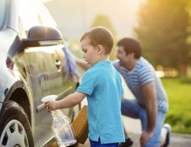 Lavando o carro novo