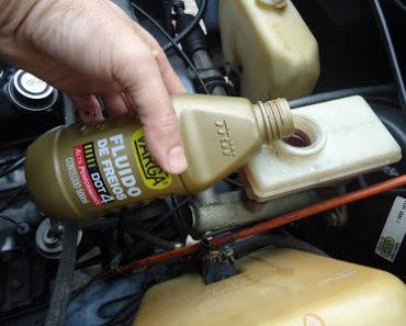 trocar fluído de freio
