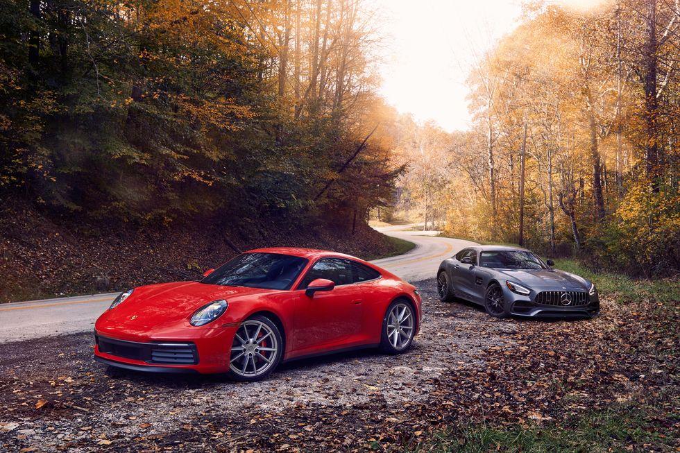 Porsche 911 e Mercedes AMG GT