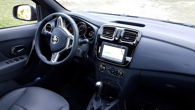 Renault Logan Iconic 1.6 16V Automático painel